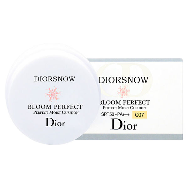 Picture of CHRISTIAN DIOR Bloom Perfect Brightening Perfect Moist Cushion SPF50 - PA+++ #C07 4g